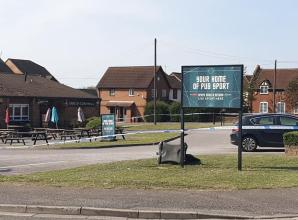 Staff member glassed in face during Earl of Cornwall pub assault