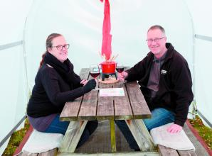 New igloo-like pods create cosy COVID-safe outdoor space at Holyport pub