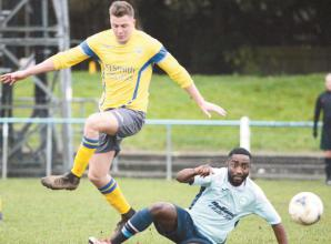 Marlow United see red as Risborough Rangers ground Flying Blues