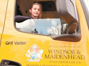 'Grit Vader' the road gritter visits Braywick Court School