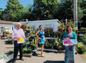 £500 of vouchers to be shared between Garden in Bloom winners