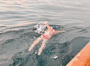 Bray Lake swimmer 'not disheartened' after falling short in English Channel swim