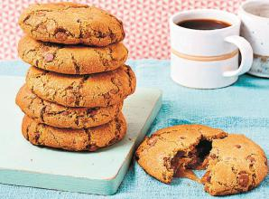 RECIPE: Salted caramel-stuffed NYC cookies from Jane's Patisserie